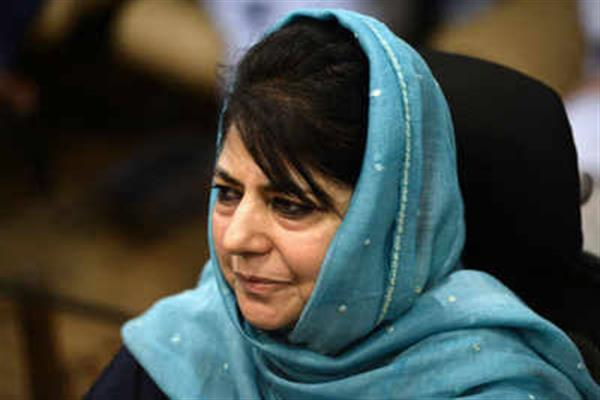 Mehbooba in dissidence trap